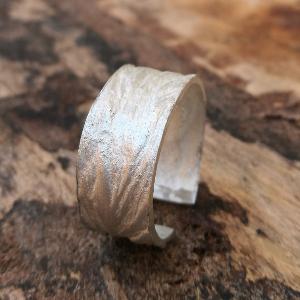 anillo de plata Anuskas