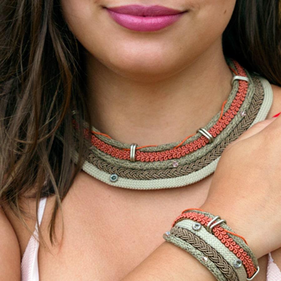Collares africanos